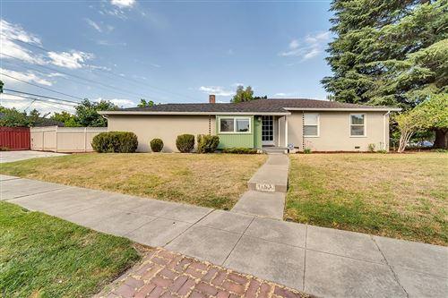 Photo of 1197 Broadleaf Lane, SAN JOSE, CA 95128 (MLS # ML81853061)