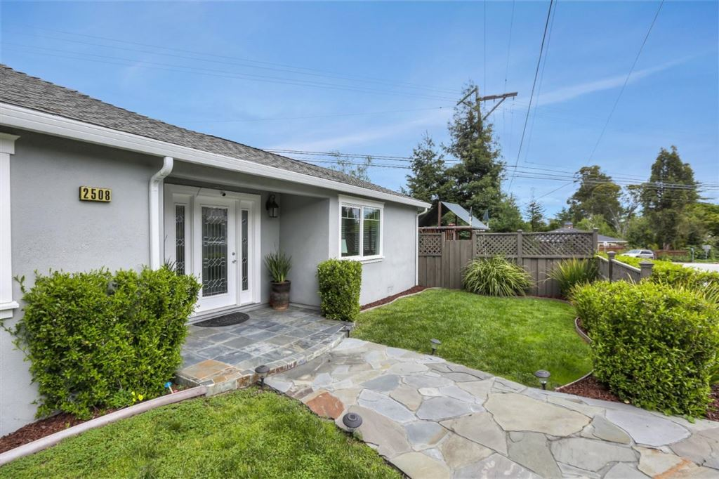 Photo for 2508 Eaton AVE, REDWOOD CITY, CA 94062 (MLS # ML81746061)