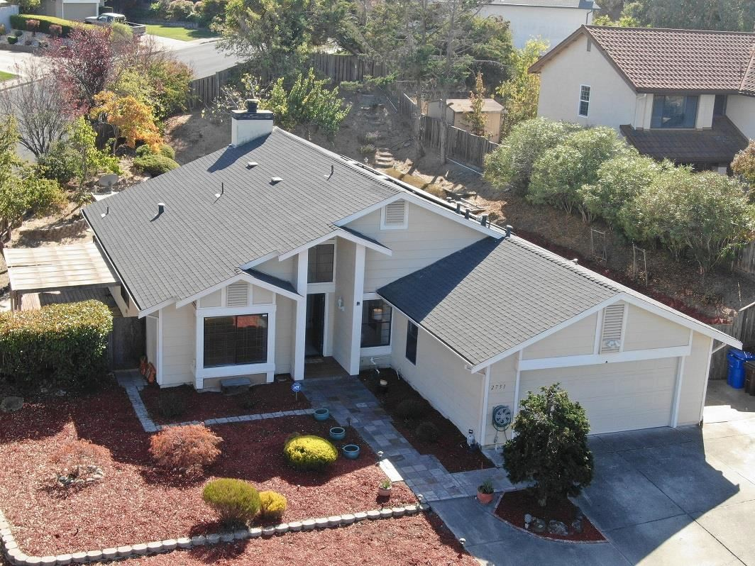 Photo for 2751 Holiday CT, PINOLE, CA 94564 (MLS # ML81775064)