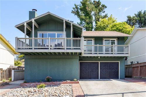 Photo of 9 Carleton Place, PACIFICA, CA 94044 (MLS # ML81861065)