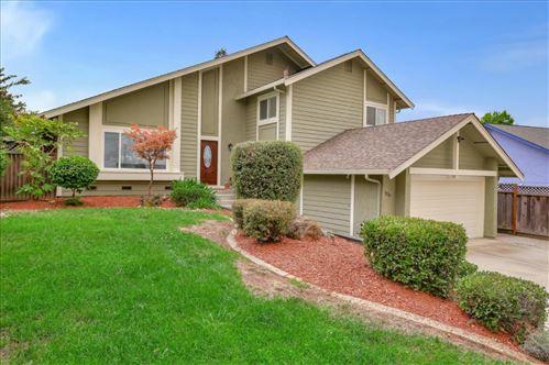 Photo of 3028 Sunny Meadow LN, SAN JOSE, CA 95135 (MLS # ML81810066)