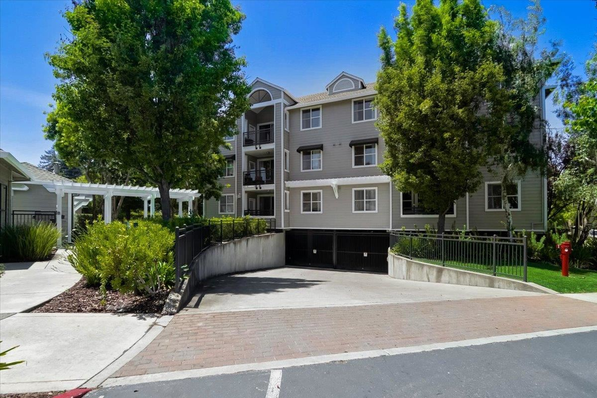1982 West Bayshore Road #131, East Palo Alto, CA 94303 - #: ML81847066