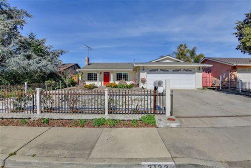 Photo of 3133 Barletta LN, SAN JOSE, CA 95127 (MLS # ML81832068)