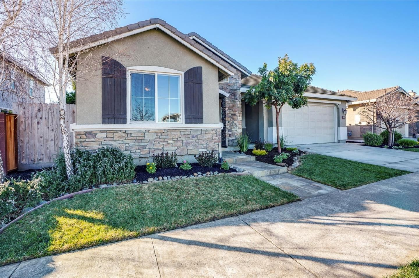 Photo for 970 Pueblo ST, GILROY, CA 95020 (MLS # ML81831068)