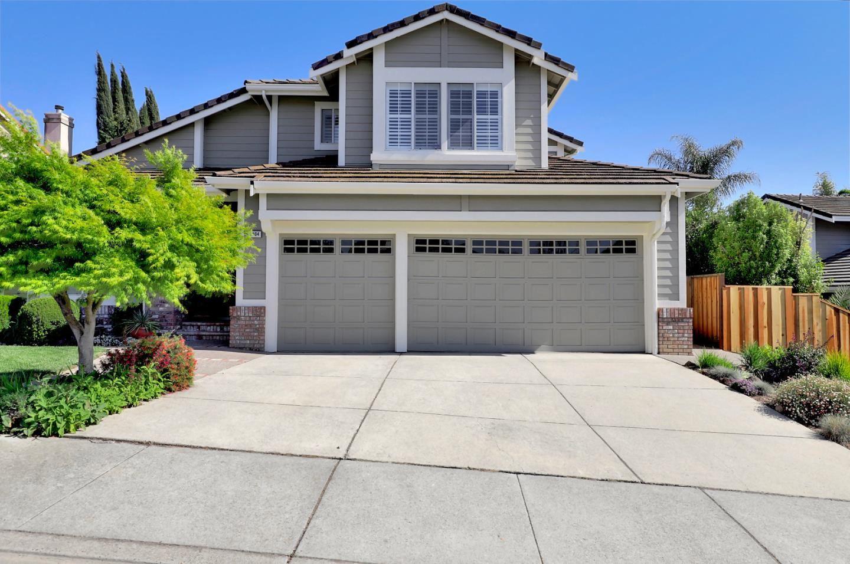 Photo for 2804 Mira Bella Circle Circle, MORGAN HILL, CA 95037 (MLS # ML81840068)