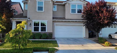 Photo of 2752 Valley Oak Court, SAN JOSE, CA 95135 (MLS # ML81852070)