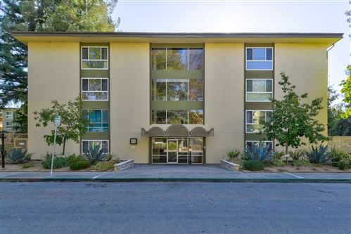 Photo of 1033 Crestview DR 304 #304, MOUNTAIN VIEW, CA 94040 (MLS # ML81821074)