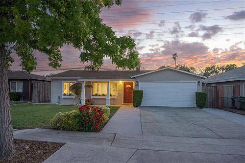 Photo of 2919 Custer Drive, SAN JOSE, CA 95124 (MLS # ML81841074)