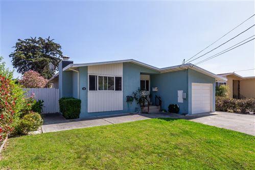 Photo of 132 Pecks LN, SOUTH SAN FRANCISCO, CA 94080 (MLS # ML81812078)