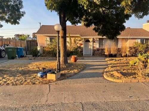 Photo of 15321 Chelsea Drive, SAN JOSE, CA 95124 (MLS # ML81867078)