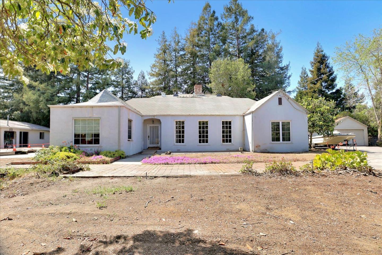 Photo for 675 Benvenue Avenue, LOS ALTOS, CA 94024 (MLS # ML81841079)