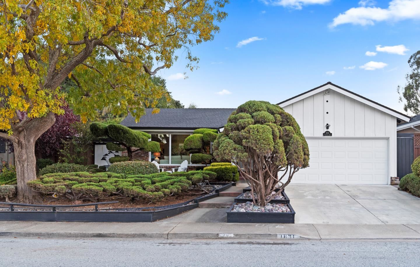 Photo for 1831 Parkview DR, SAN BRUNO, CA 94066 (MLS # ML81821080)