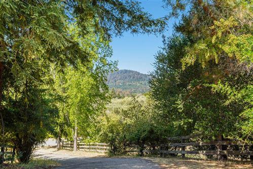 Photo of 118 Mapache Drive, PORTOLA VALLEY, CA 94028 (MLS # ML81855081)