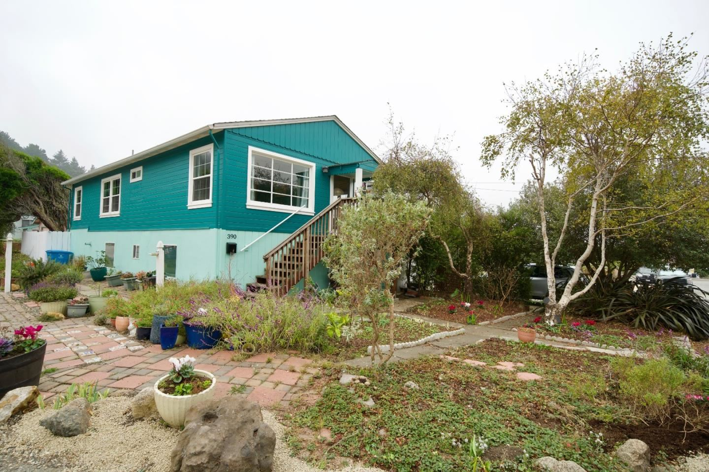 Photo for 390 Pacific AVE, PACIFICA, CA 94044 (MLS # ML81775081)