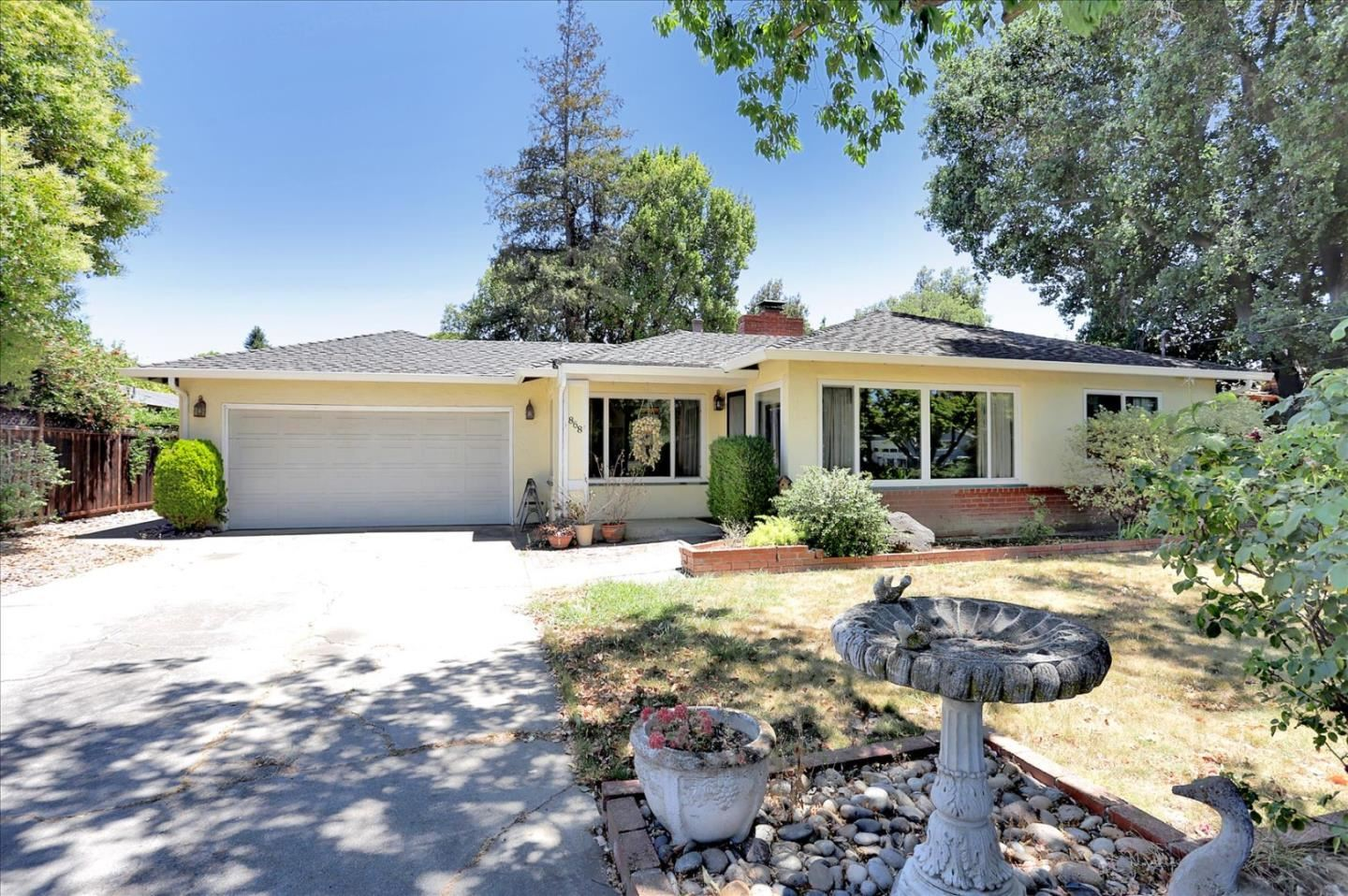 Photo for 868 Sweetbriar Drive, CAMPBELL, CA 95008 (MLS # ML81847083)