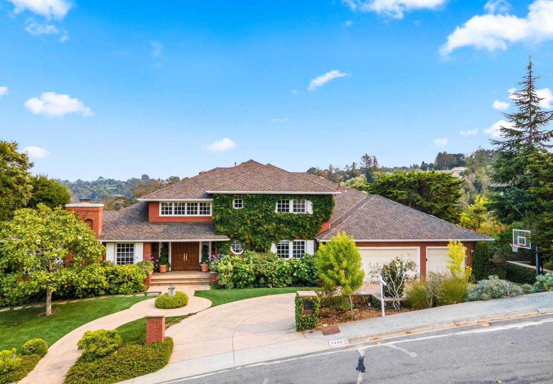 Photo for 2499 Butternut Drive, HILLSBOROUGH, CA 94010 (MLS # ML81859083)