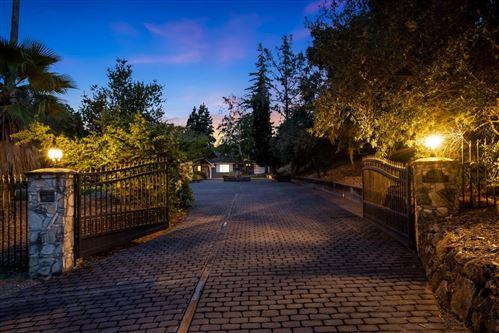 Photo of 18610 Farragut Lane, LOS GATOS, CA 95030 (MLS # ML81843084)