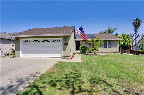 Photo of 5996 Tandera AVE, SAN JOSE, CA 95123 (MLS # ML81839086)