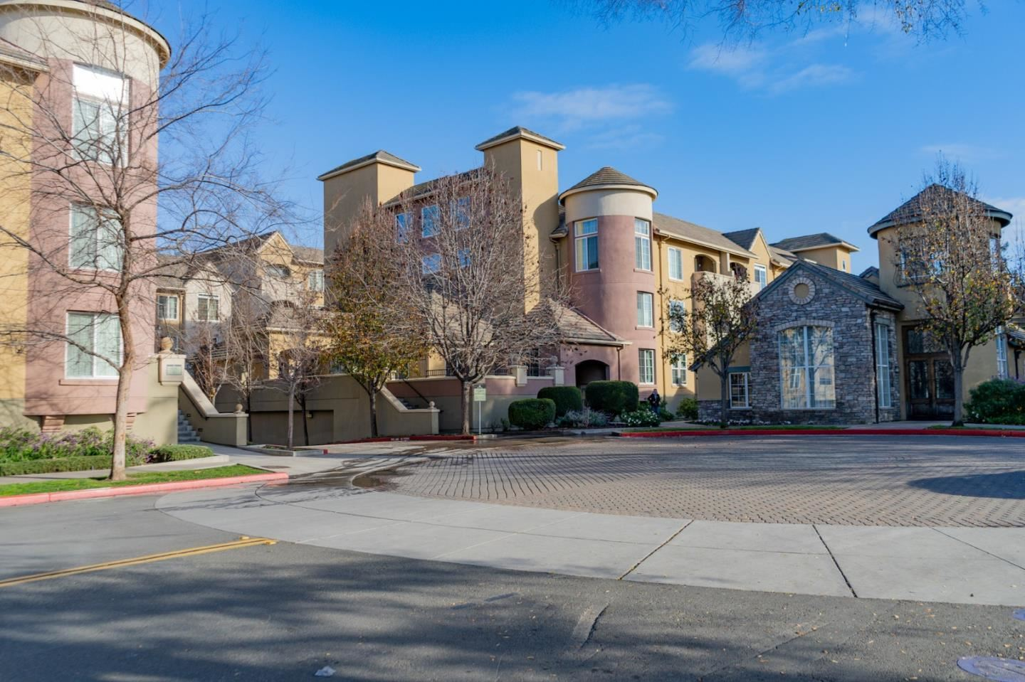 Photo for 1550 Technology DR 3033 #3033, SAN JOSE, CA 95110 (MLS # ML81779088)