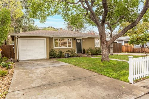 Photo of 148 College AVE, MOUNTAIN VIEW, CA 94040 (MLS # ML81828090)