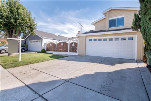 Photo of 1998 Edgeview Drive, SAN JOSE, CA 95122 (MLS # ML81864091)