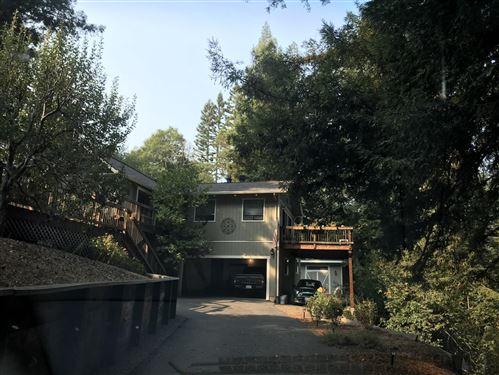 Photo of 24707 Hutchinson RD, LOS GATOS, CA 95033 (MLS # ML81820093)