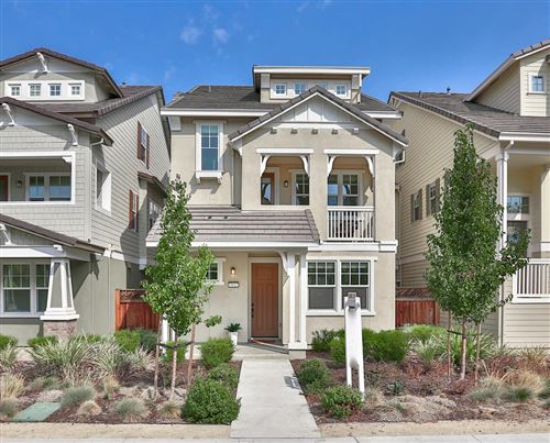 Photo of 3112 Pyramid WAY, MOUNTAIN VIEW, CA 94043 (MLS # ML81820095)