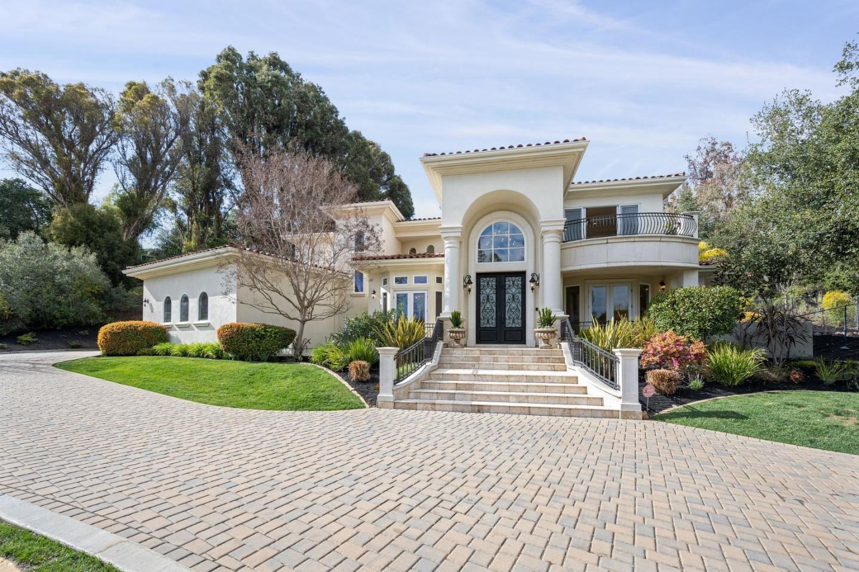 Photo for 12675 Dianne Drive, LOS ALTOS HILLS, CA 94022 (MLS # ML81834095)