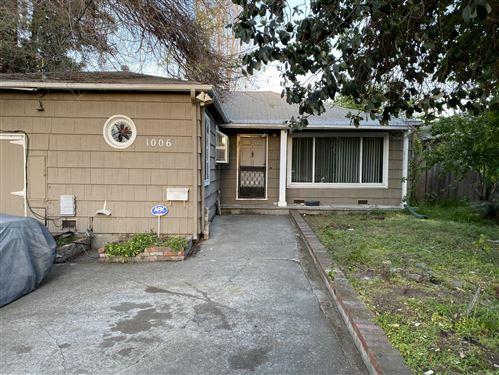 Photo of 1006 8th AVE, REDWOOD CITY, CA 94063 (MLS # ML81839096)
