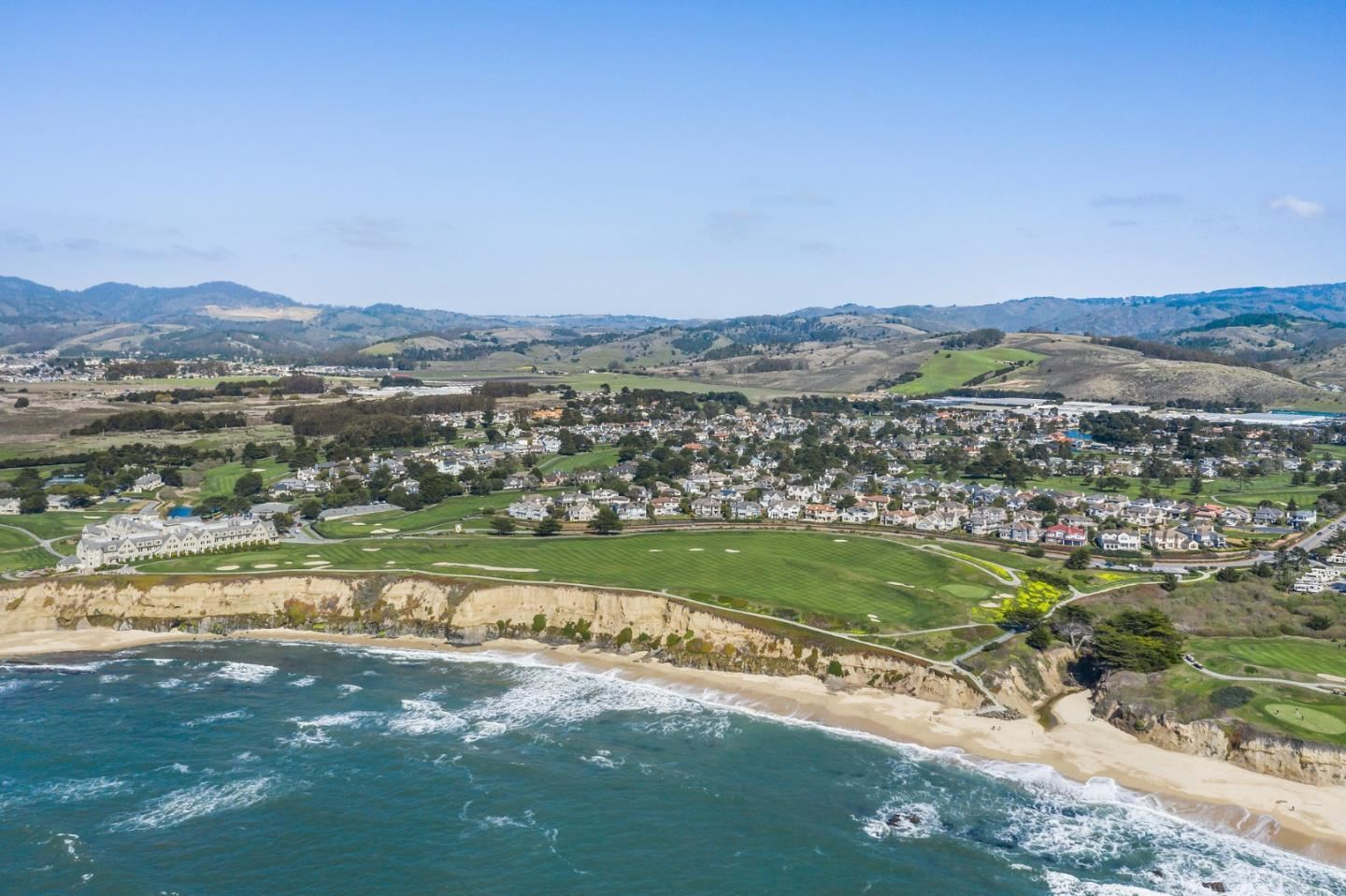 Photo for 2347 Winged Foot RD, HALF MOON BAY, CA 94019 (MLS # ML81834097)