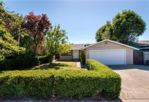 Photo of 462 Nerdy AVE, SAN JOSE, CA 95111 (MLS # ML81819098)