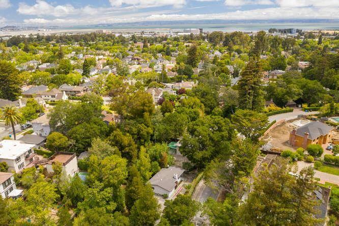 Photo for 1100 Jackling Drive, HILLSBOROUGH, CA 94010 (MLS # ML81849098)