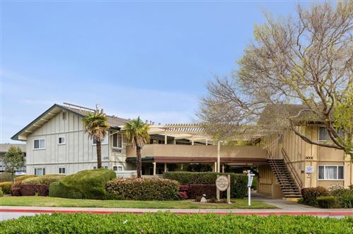 Photo of 3015 Los Prados Street #114, SAN MATEO, CA 94403 (MLS # ML81834105)