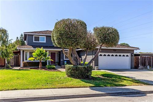 Photo of 6101 Oak Forest Way, SAN JOSE, CA 95120 (MLS # ML81862105)