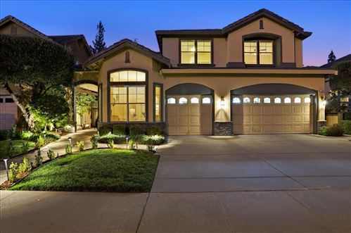 Photo of 5610 Domaine Drive, SAN JOSE, CA 95118 (MLS # ML81861106)