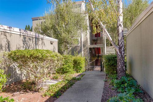 Photo of 4012 Farm Hill BLVD 103 #103, REDWOOD CITY, CA 94061 (MLS # ML81816108)