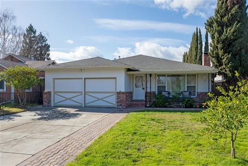 Photo of 132 Rutherford AVE, REDWOOD CITY, CA 94061 (MLS # ML81782111)
