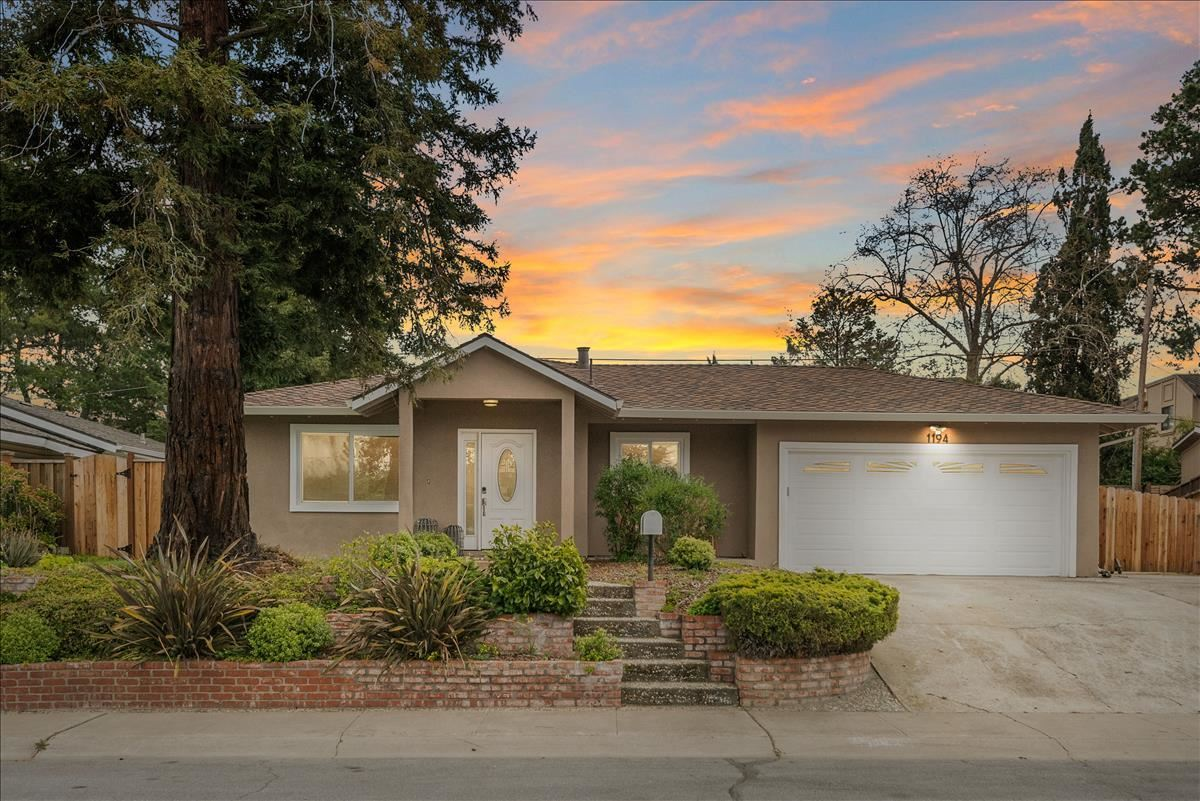Photo for 1194 Holmes AVE, CAMPBELL, CA 95008 (MLS # ML81836115)