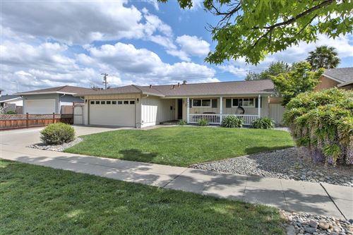 Photo of 1662 Willowmont AVE, SAN JOSE, CA 95124 (MLS # ML81839116)