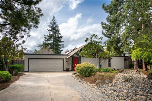 Photo of 17598 Via Sereno, MONTE SERENO, CA 95030 (MLS # ML81786117)