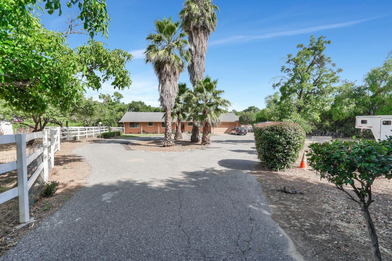 1670 E Main AVE, Morgan Hill, CA 95037 - #: ML81758117
