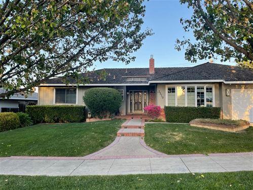 Photo of 5510 Blossom Wood Drive, SAN JOSE, CA 95124 (MLS # ML81842120)