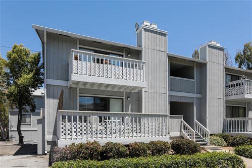 Photo of 253 Oak Avenue #A, REDWOOD CITY, CA 94061 (MLS # ML81849121)
