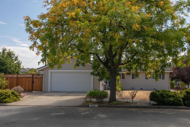 1096 Sweet Avenue, San Jose, CA 95129 - MLS#: ML81856121
