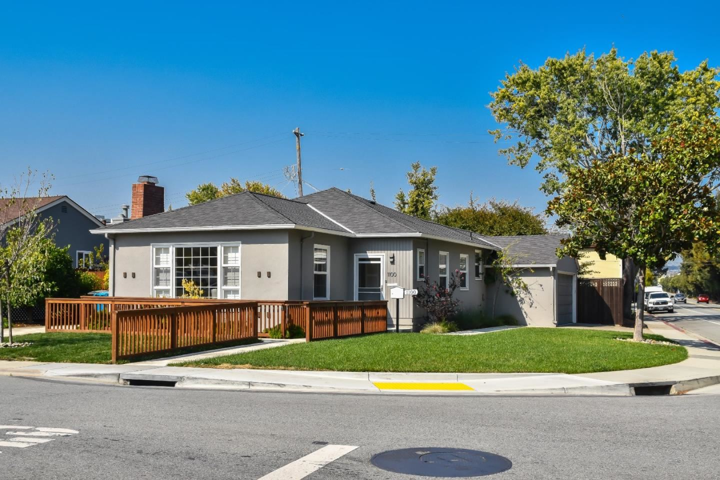 Photo for 1100 Rosedale AVE, BURLINGAME, CA 94010 (MLS # ML81818122)