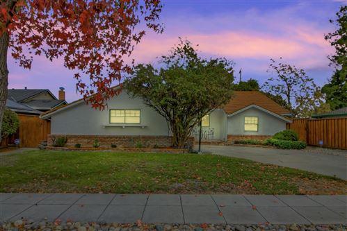 Photo of 3130 Woodmont DR, SAN JOSE, CA 95118 (MLS # ML81820124)