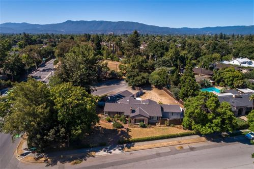 Photo of 2001 Dry Creek RD, SAN JOSE, CA 95124 (MLS # ML81799127)