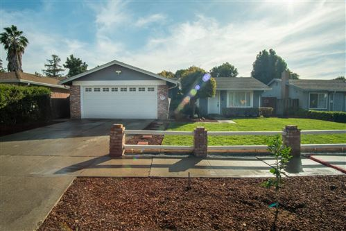 Photo of 612 Nokomis DR, SAN JOSE, CA 95111 (MLS # ML81819127)