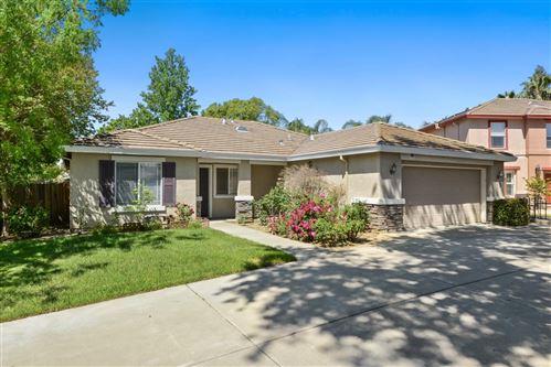 Photo of 1037 Cody Court, VACAVILLE, CA 95687 (MLS # ML81844127)