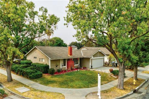 Photo of 419 Henderson DR, SAN JOSE, CA 95123 (MLS # ML81808128)